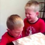 子供へのドッキリ動画集「YouTubeチャレンジ」が面白すぎる